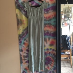 Size M, Forever 21 Off the Shoulder Maxi Dress
